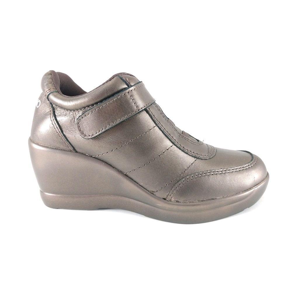 Sneaker Via Uno Metalizado Couro Bronze  - SAPATOWEB.COM
