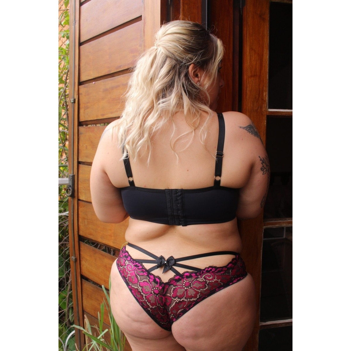 Calcinha Strappy preto/pink