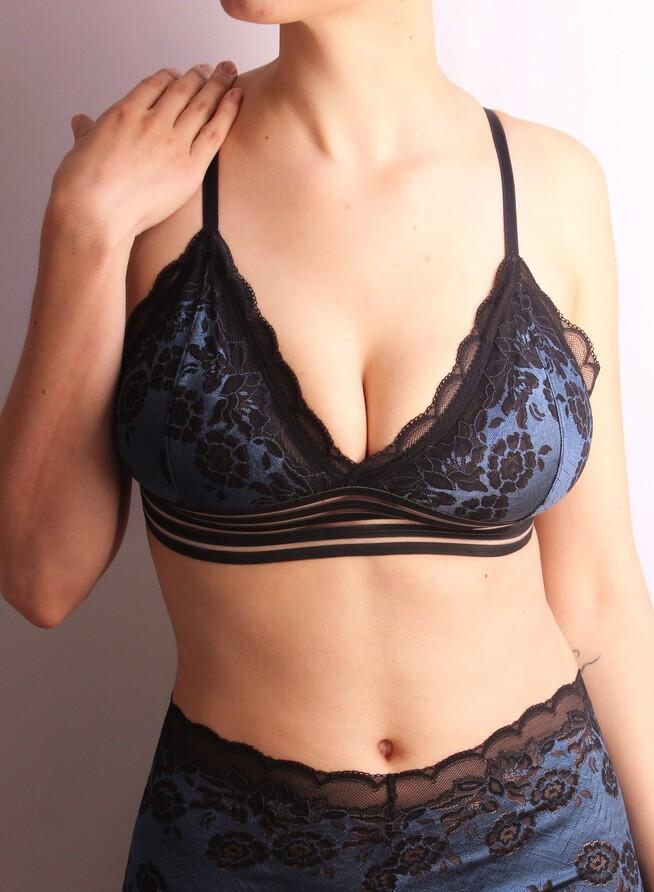 Top Isa bicolor preto/azul