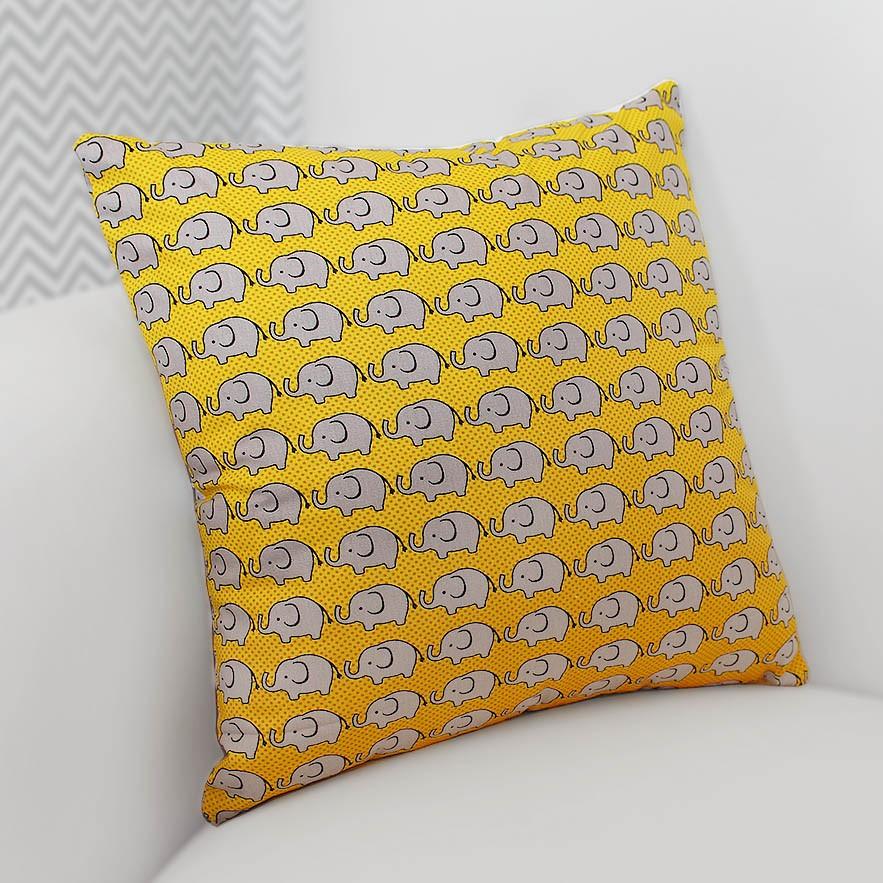 Almofada Decorativa Estampada Elefante Amarelo