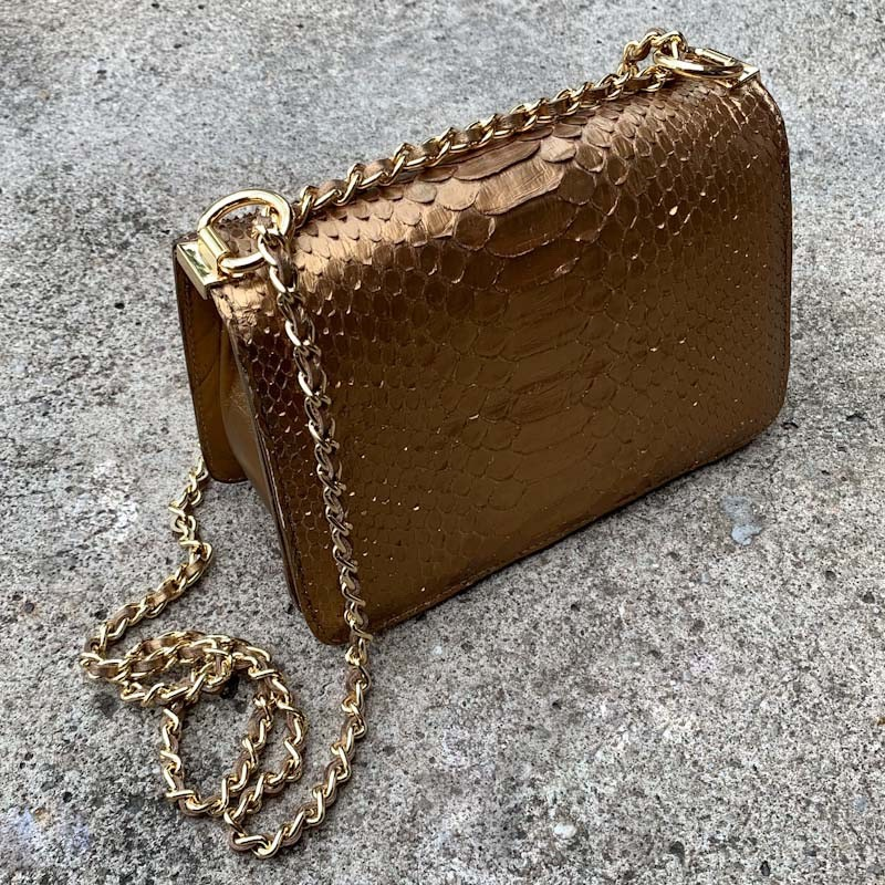 Bolsa Martina ouro