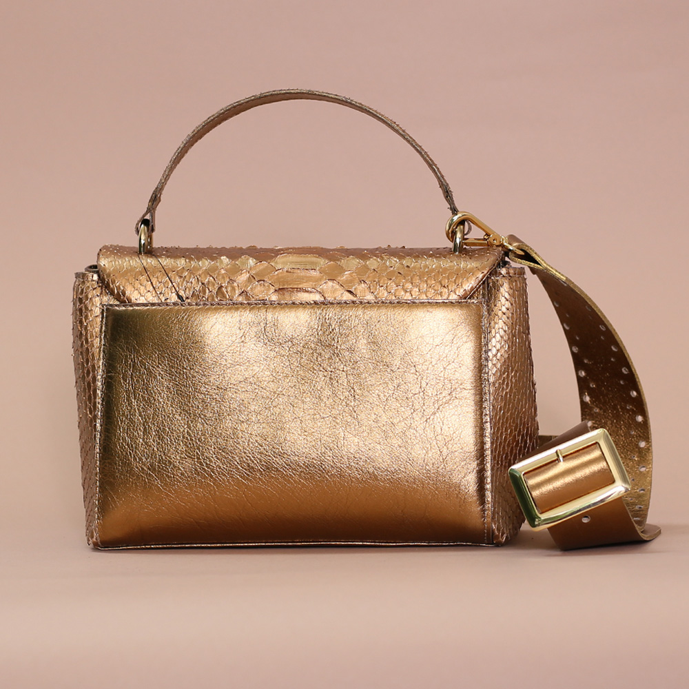 Bolsa Scarlet p ouro