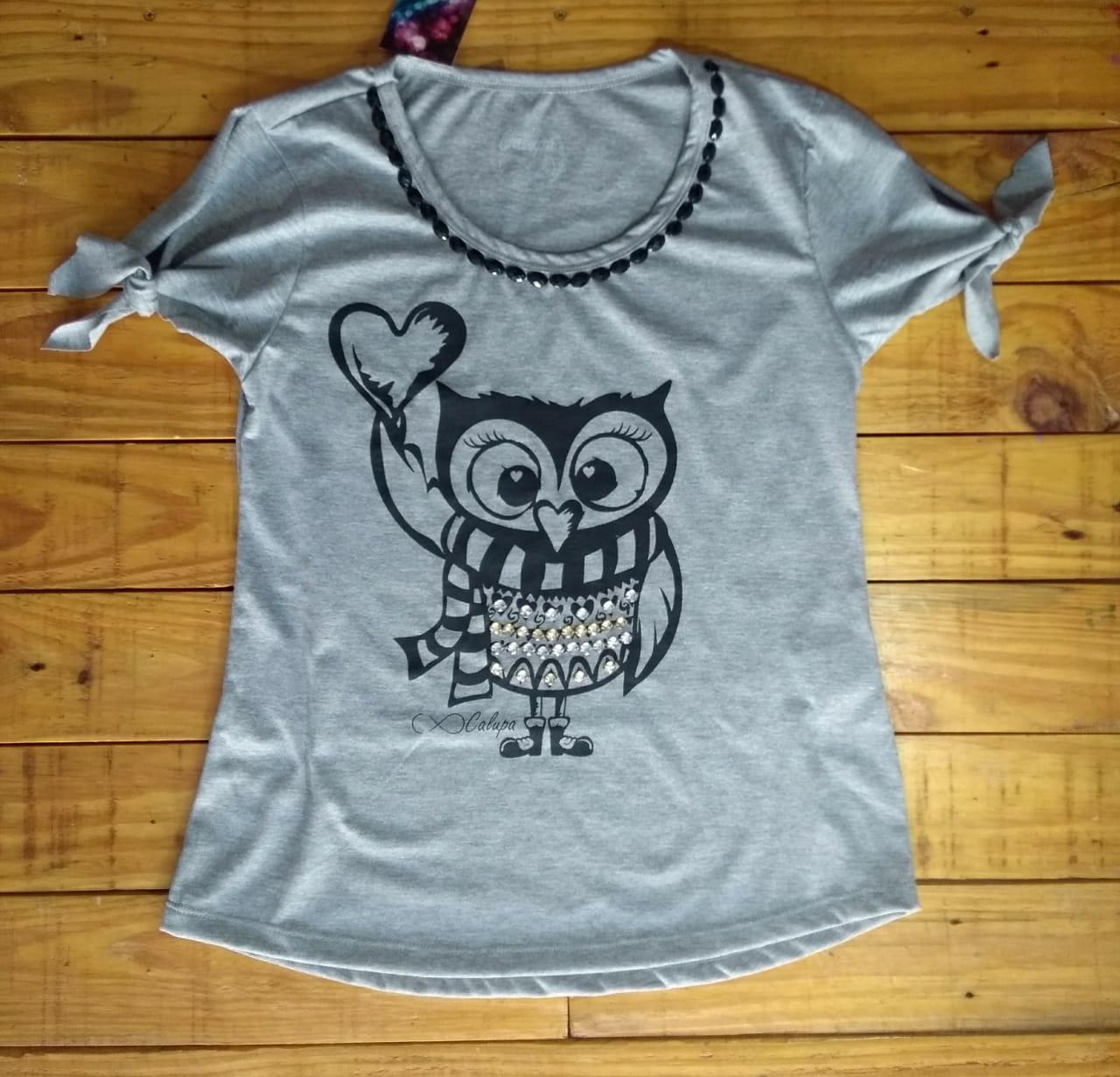 T-shirt adulta feminina bordada coruja