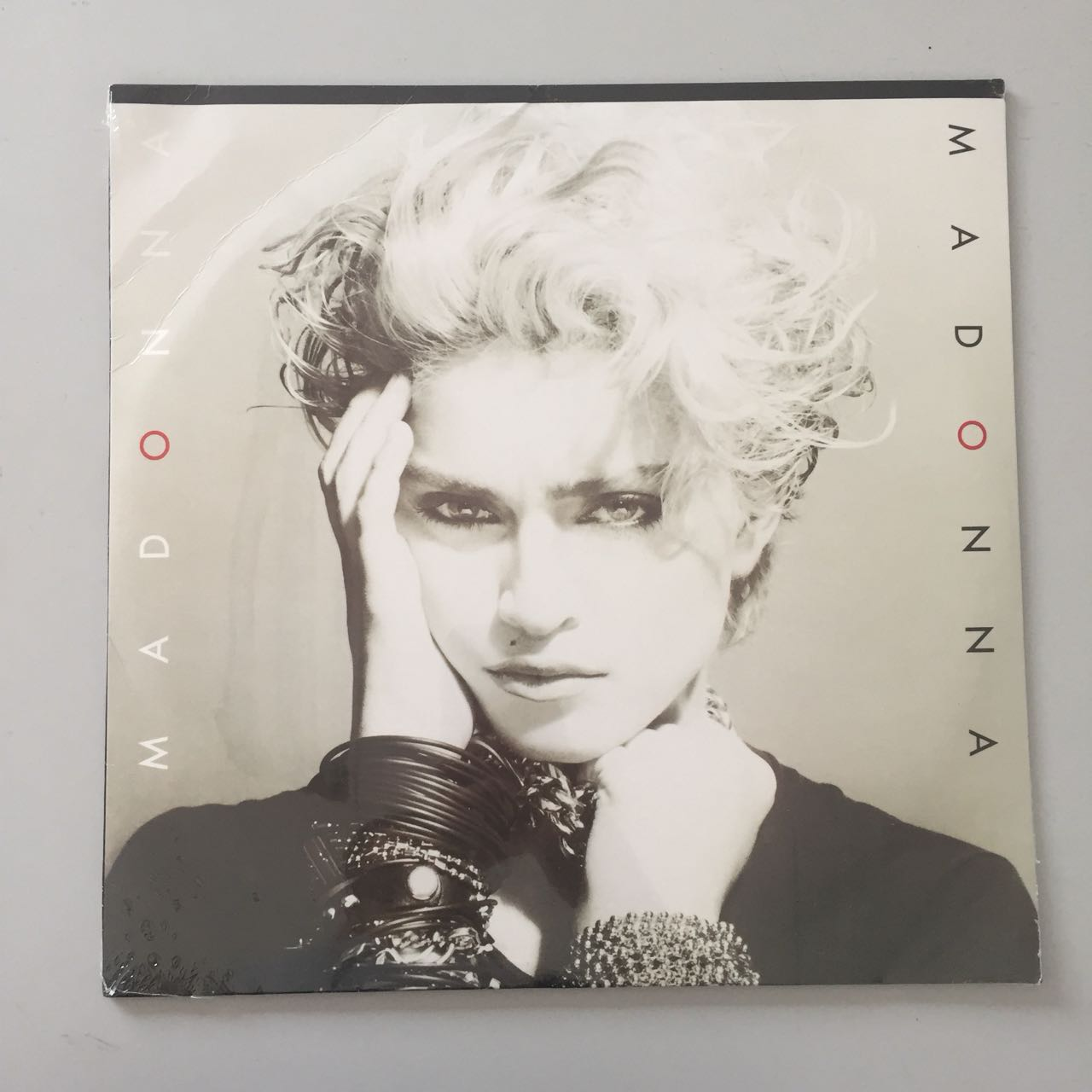 Lp Madonna Primeiro CAPA AMASSADA