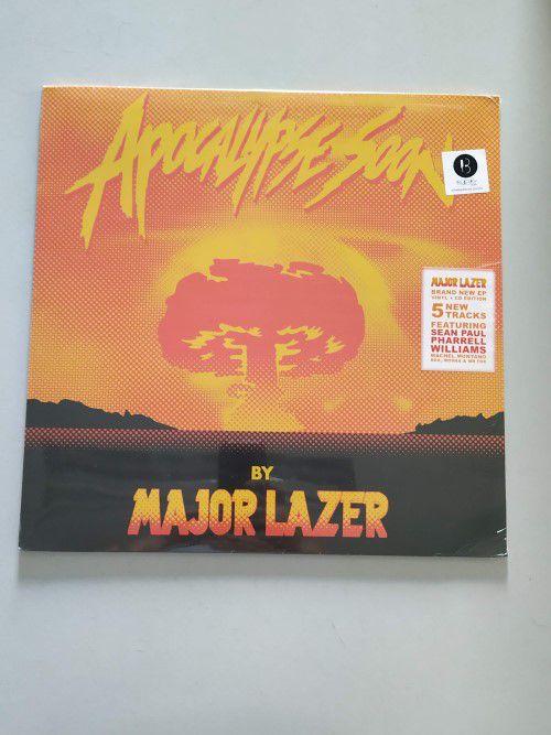 Lp Vinil Major Lazer Apocalypse Soon CAPA COM LEVE AMASSADO