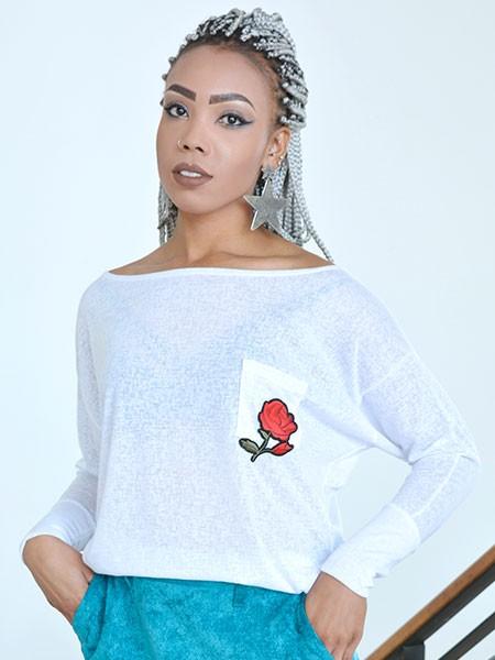 Blusa branca red rose