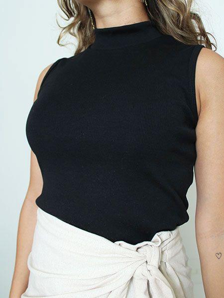 Blusa canelada sem mangas preta