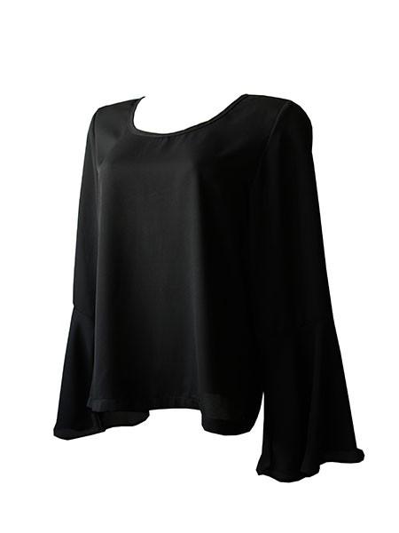 Blusa flare preta