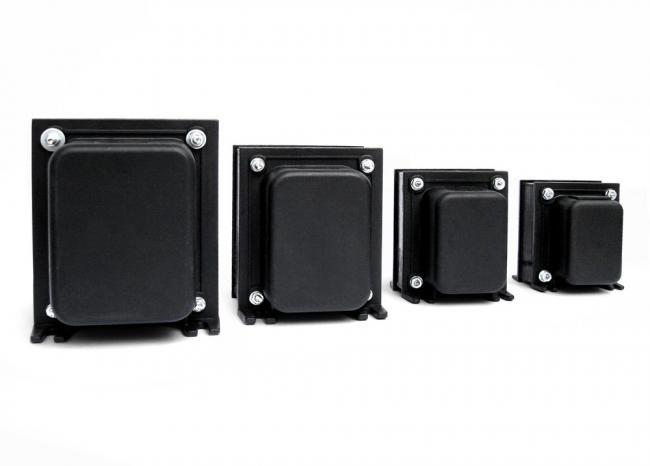 Auto Transformador 110 para 220 e 220 para 110 - Trafo 1500Va de Energia Adftronik AT1500