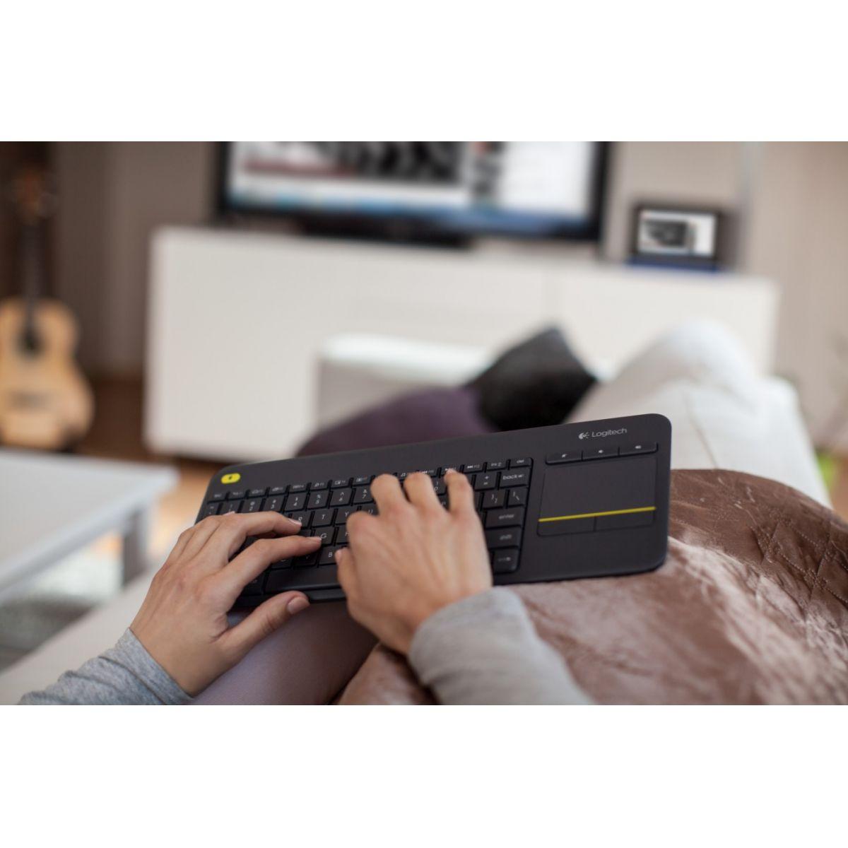 Teclado Wireless Logitech K400 Plus Touchpad P/ Smart Tv