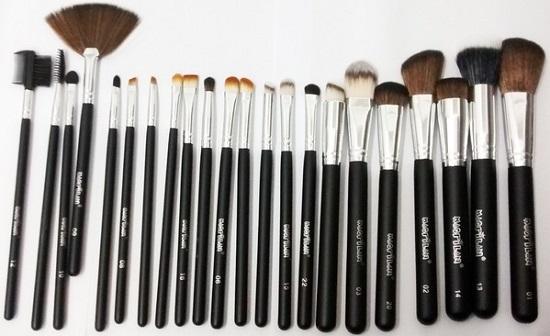 Kit Com 22 Pincéis Profissionais Para Maquiagem KP3-7A