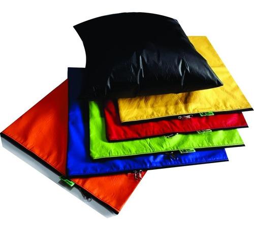 Almofadas Em Courino 30 x 30 cm com enchimento Isopor
