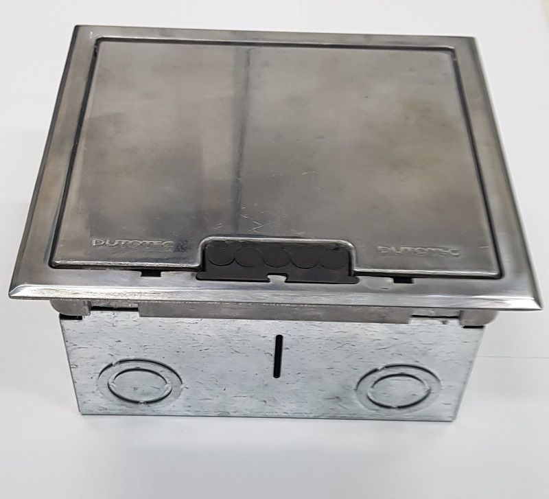 Caixa de Piso Dupla Standard (Para 3 Tomadas Elétricas Redondas e 4 RJ-45)