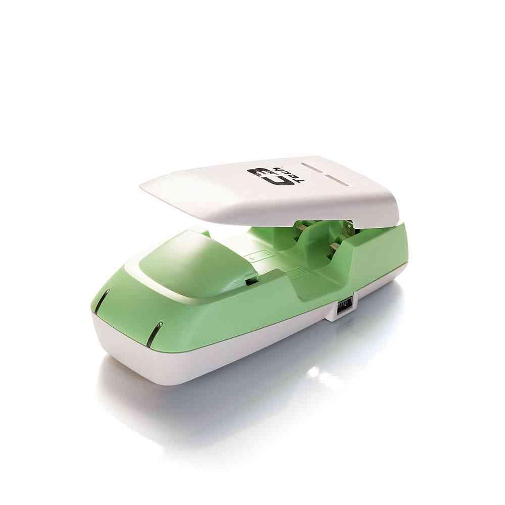 Carregador para 2 pilhas alcalinas/REC USB UC-CHG2 C3Tech