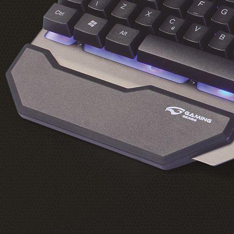 O teclado Gamer KG-200 e a opcao ideal para tornar sua experiencia de jogo ainda mais completa! Possui design diferenciado com suporte para smartphone e apoio ergonomico para os pulsos. Alem de ilumin