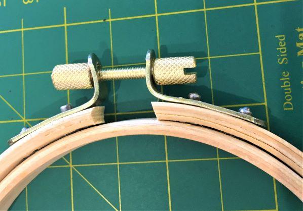 Bastidor  tipo ATC 20 cm de diâmetro com tarraxa CURTA. (6 unidades)