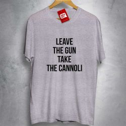 OFERTA - THE GODFATHER - Leave the Gun Take the Cannoli - CAMISETA MESCLA CLARA - Tamanho G