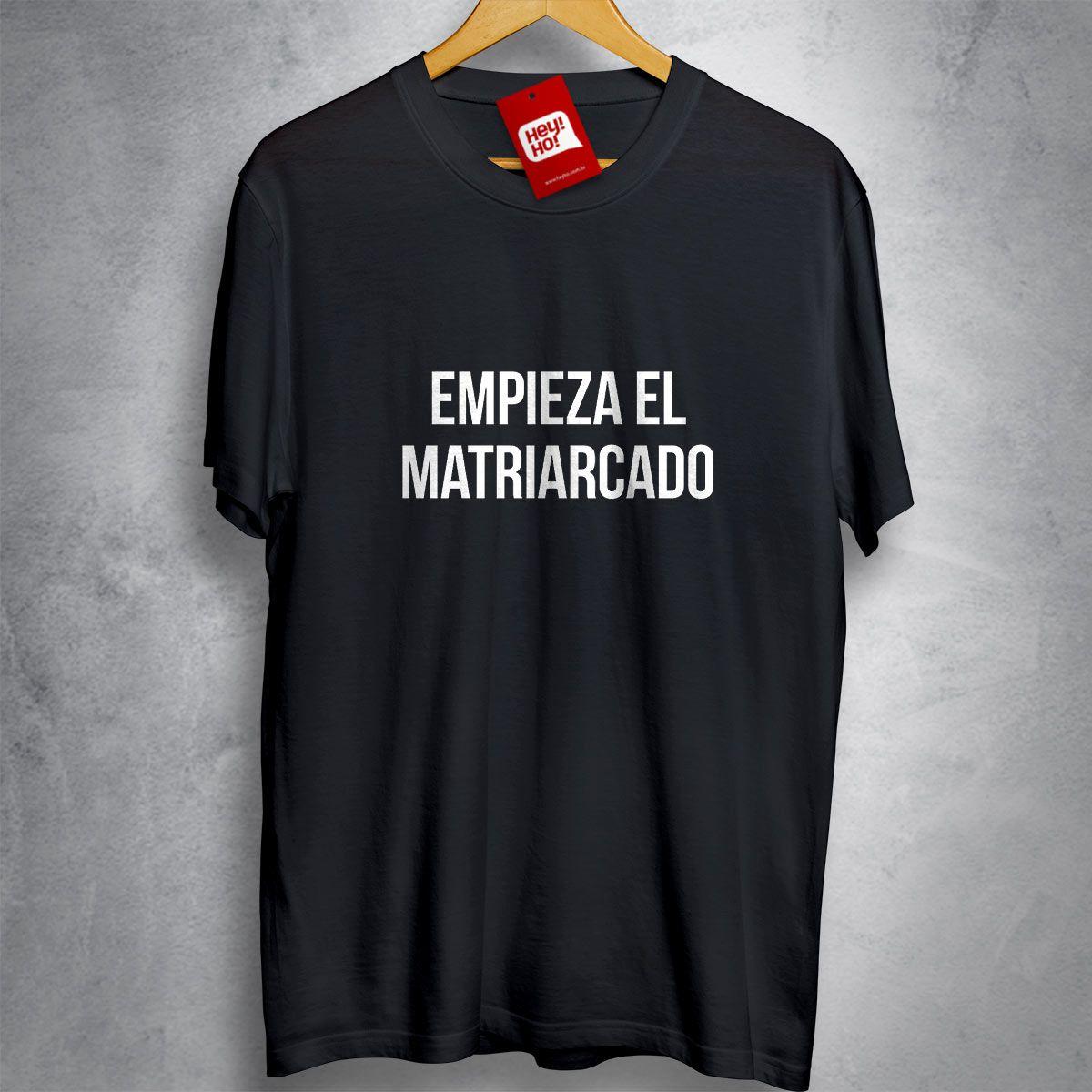 OFERTA - LA CASA DE PAPEL - Empieza el Matriarcado - CAMISETA PRETA - Tamanho M