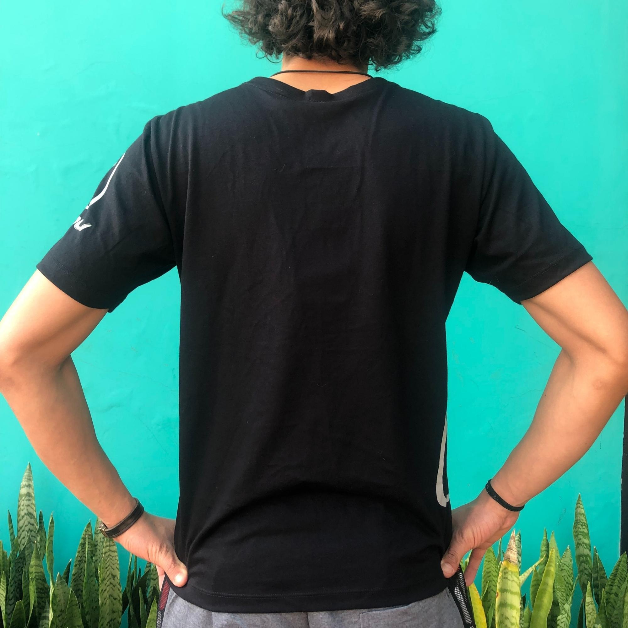 T-Shirt Casual Preta Ahau - Masculina