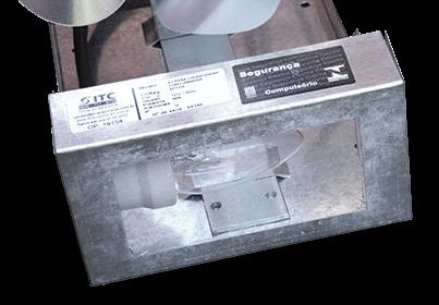 Exaustor para Churrasqueira/Lareira com iluminação Hélice 200mm - ITC