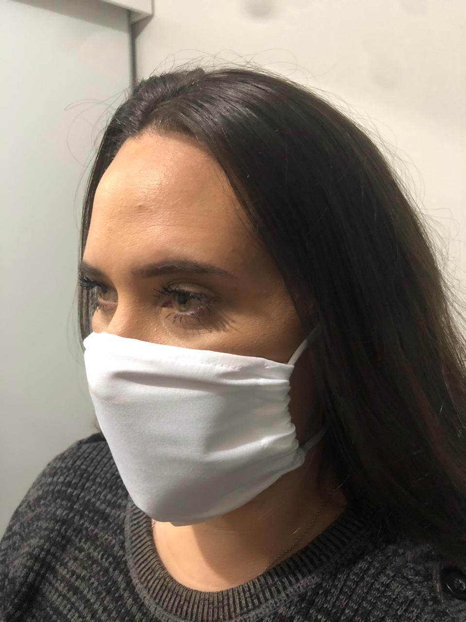Mascara Com Tripla Proteção e Regulagem Lavável