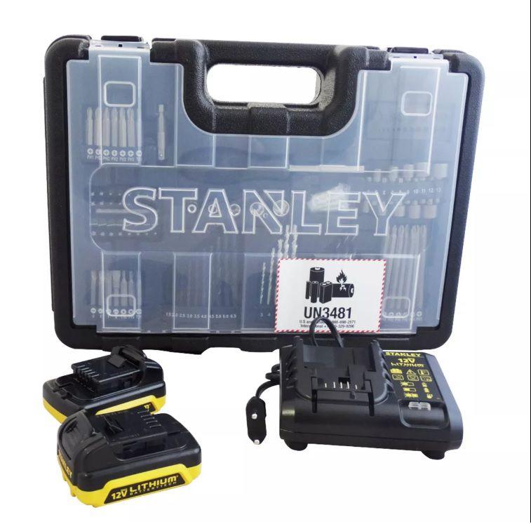 Parafusadeira Furadeira 12v  2 Baterias 101 Acessórios SCD12S2KA Stanley