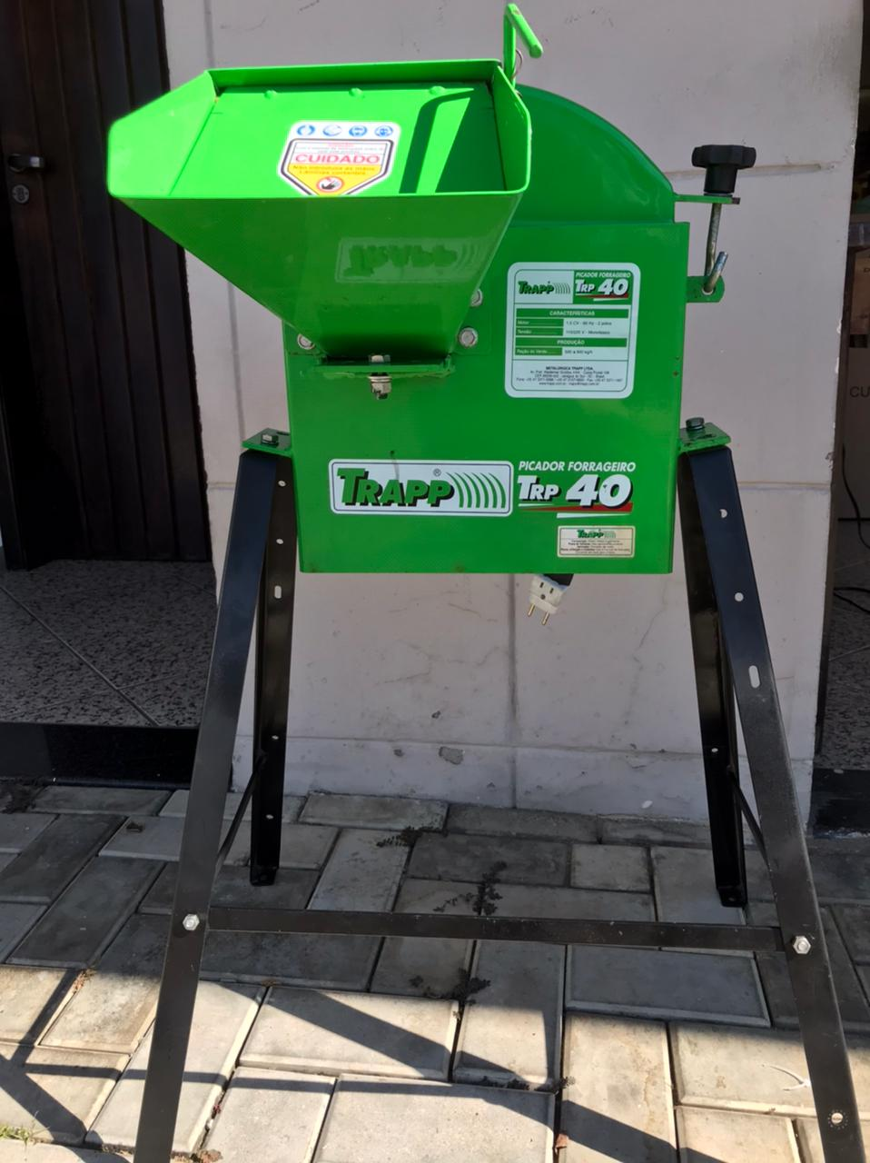 Triturador Picador Capim Seminovo-TRP 40 1,5cv Bivolt - Trapp