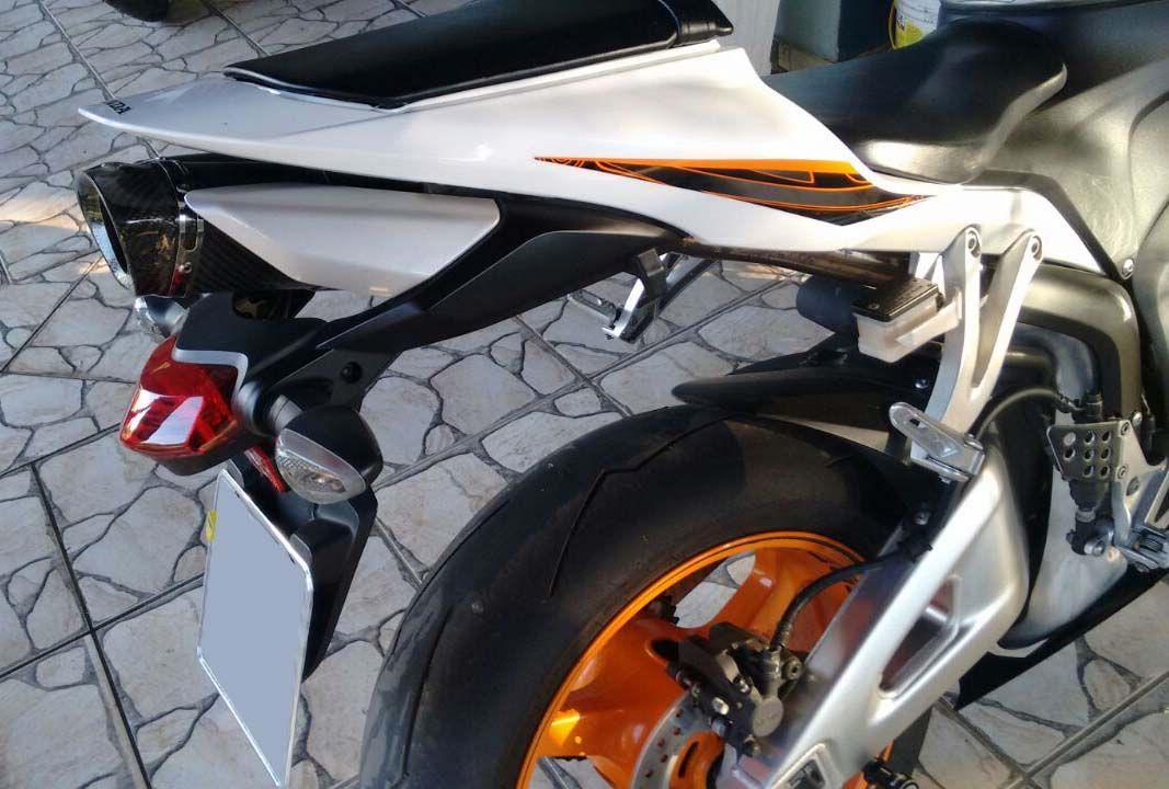 Ponteira Escapamento Shark Inox Honda Cbr 600 Rr 07  em diante