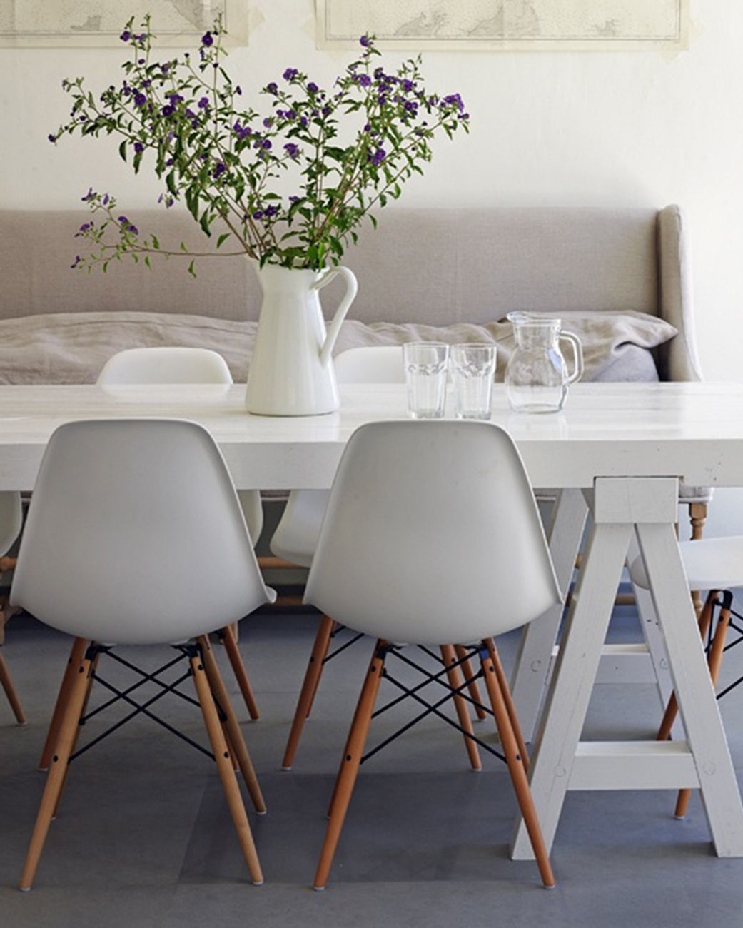 Cadeira Eames Eiffel Cinza