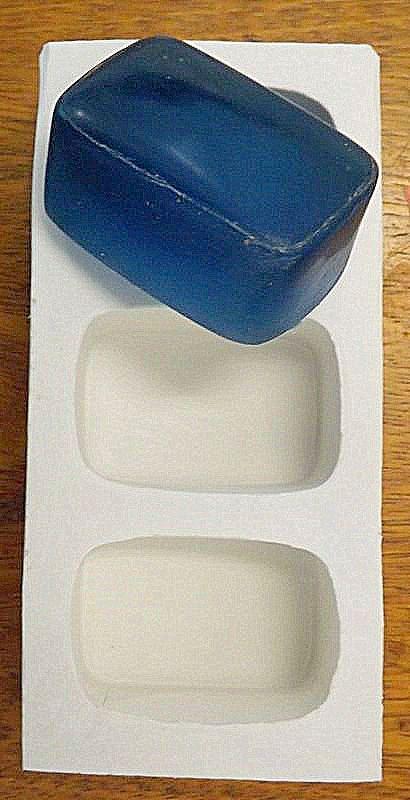 Retângular 100g ( 7,5x5,5x2,5 ) - 3 cavidades