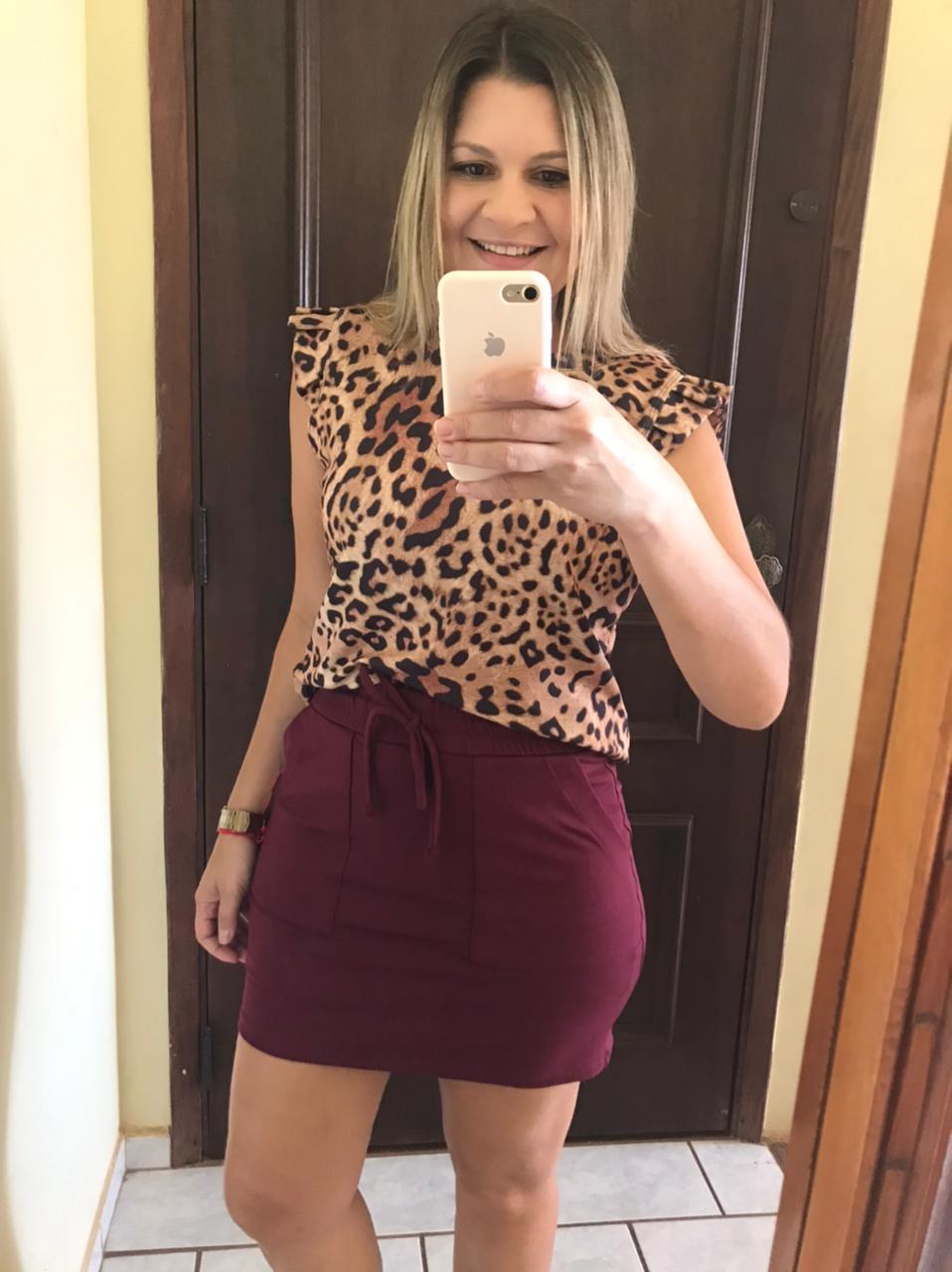 Short Saia Marsala com Bolso e Elástico