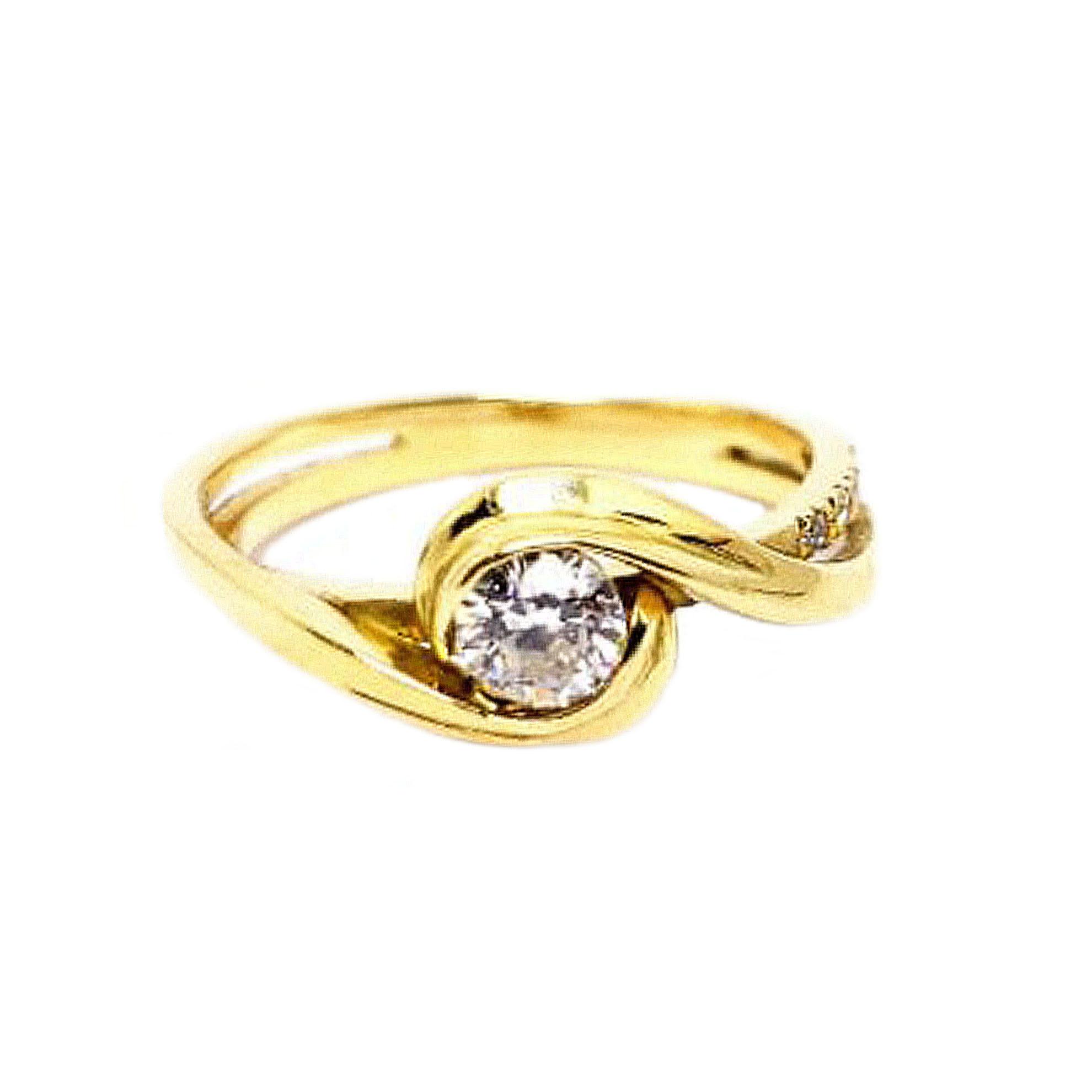 Anel c/ Diamantes em Ouro 18 Kilates