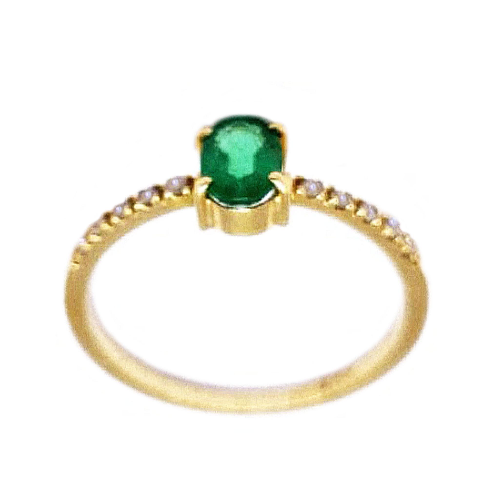 Anel Esmeralda Oval c/ Diamantes em Ouro 18 Kilates