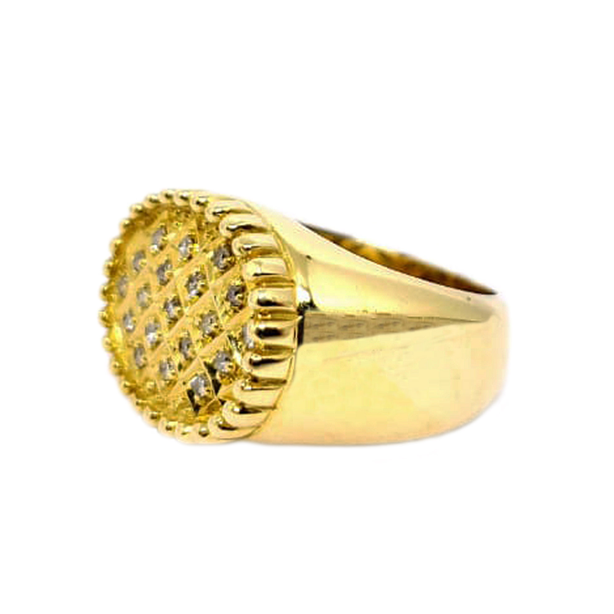 Anel Oval c/ Diamantes em Ouro 18 Kilates