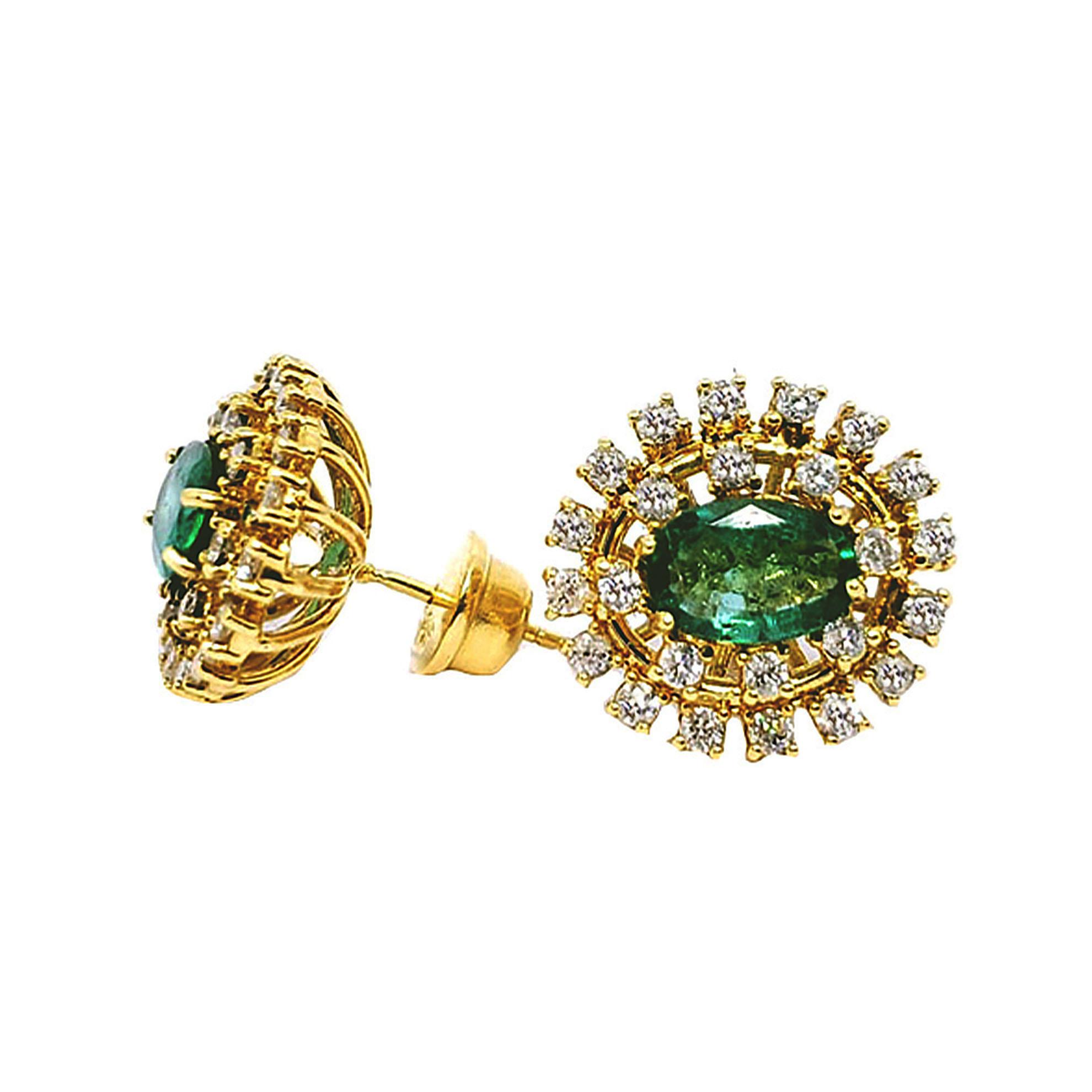 Brinco Chuveiro Oval c/ Diamantes e Esmeraldas em Ouro 18 Kilates