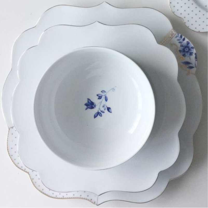 Prato Raso Flowers - Royal White