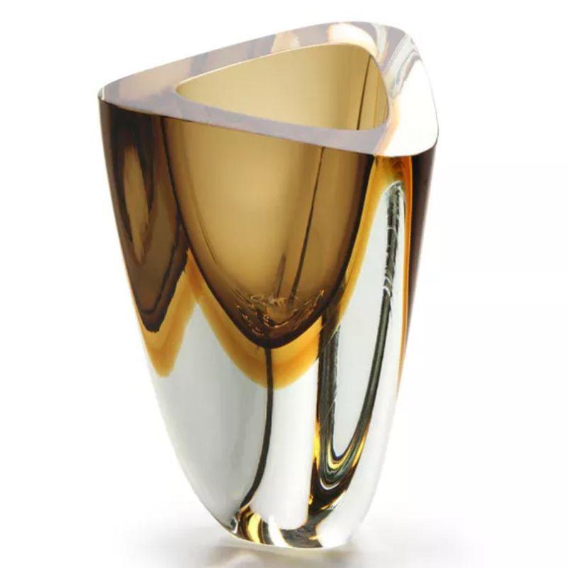 Vaso Triangular Fumê com Âmbar - 21cm - Cód:  17125