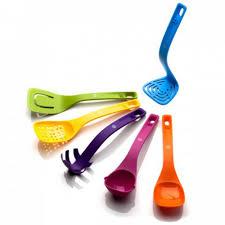 Conjunto utensilios empilháveis 6 peças Lol