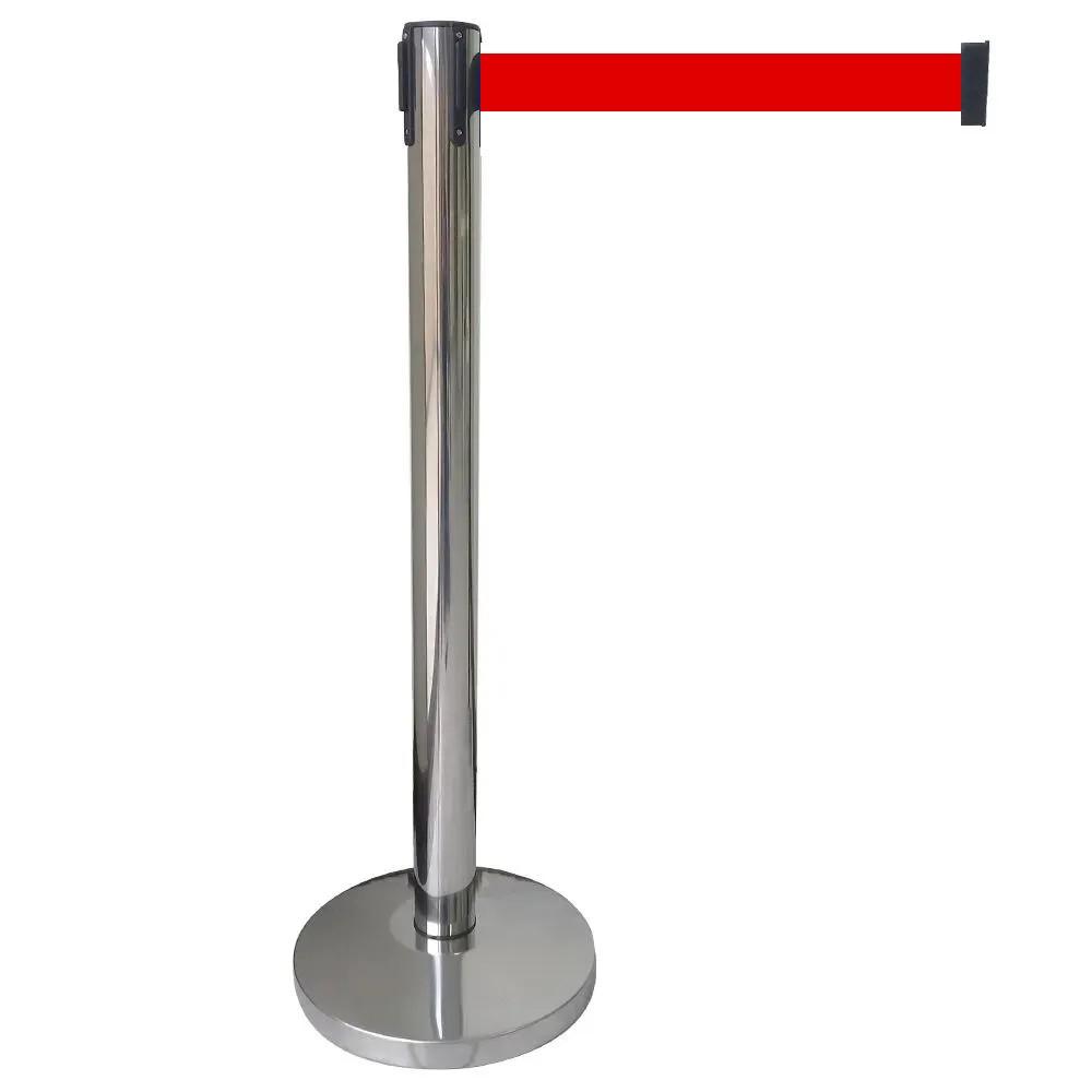 Pedestal separador de fila CROMADO com fita VERMELHA