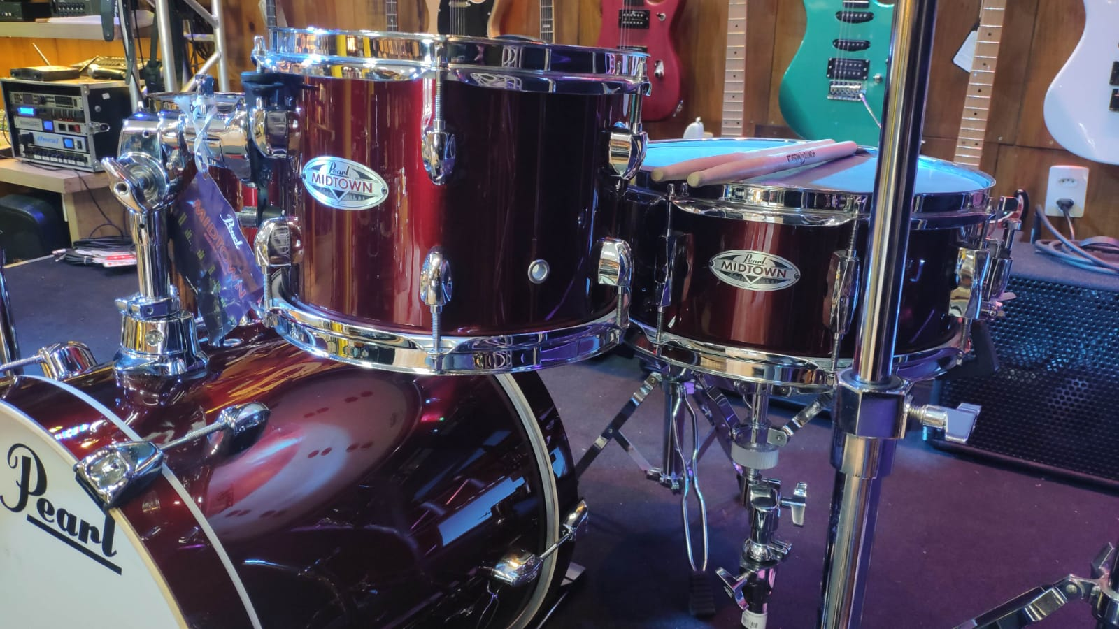 Bateria Acustica Pearl Midtown Burgundy Shell Pack - Outlet