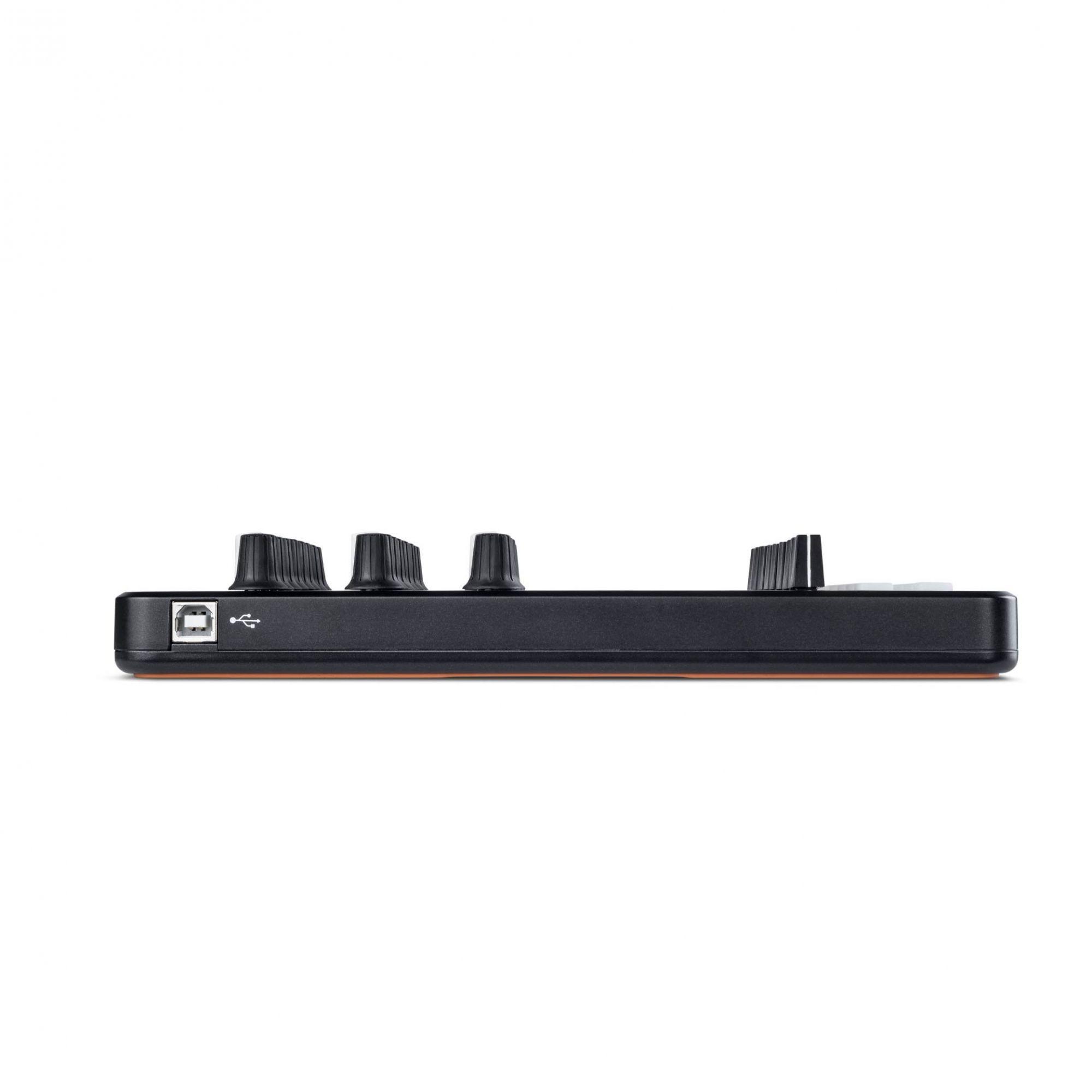 CONTROLADOR USB LAUNCH CONTROL XL - NOVATION