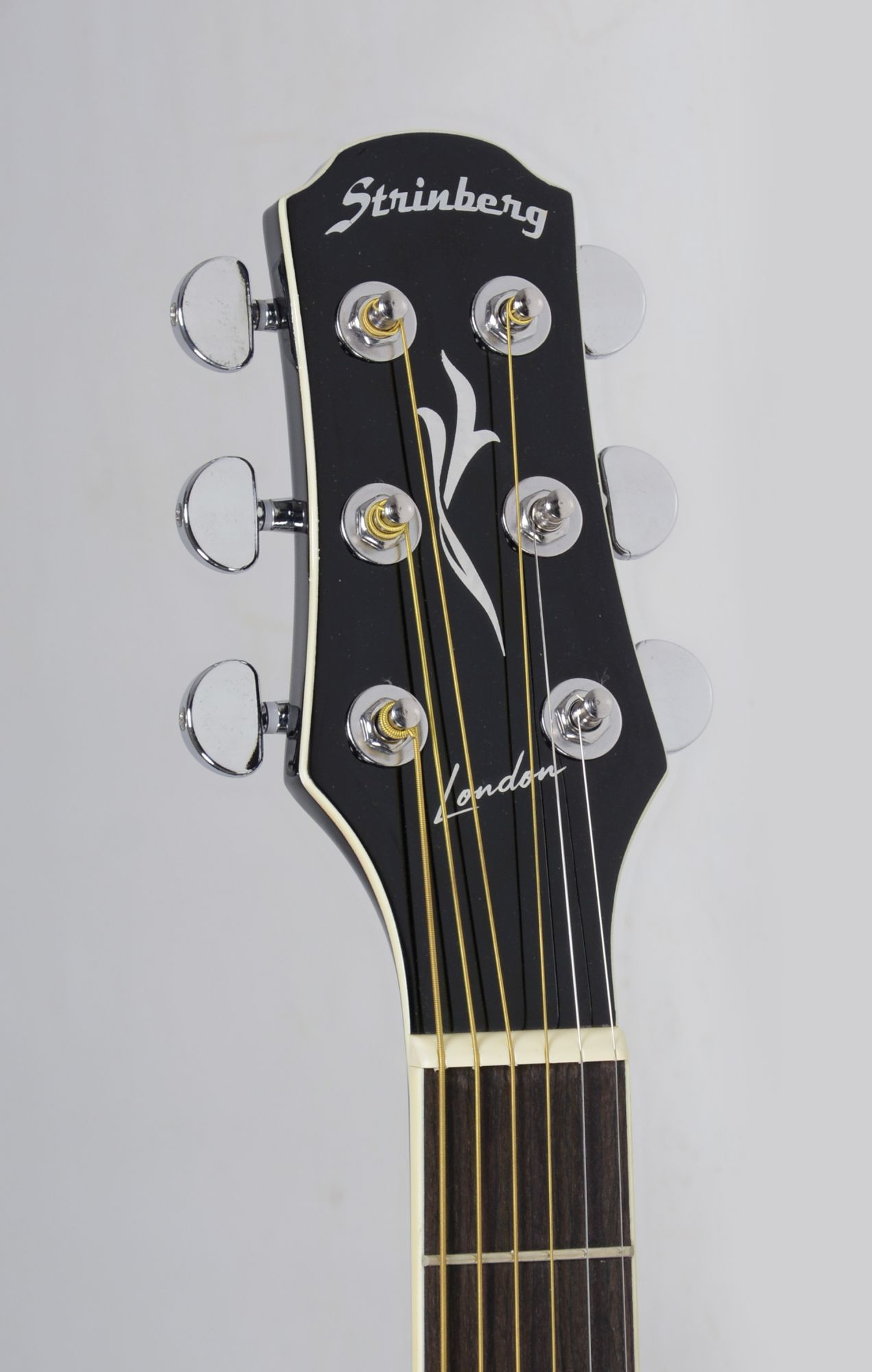 Violão Elétrico Aço Folk Strinberg London Preto LE30C Brilhante