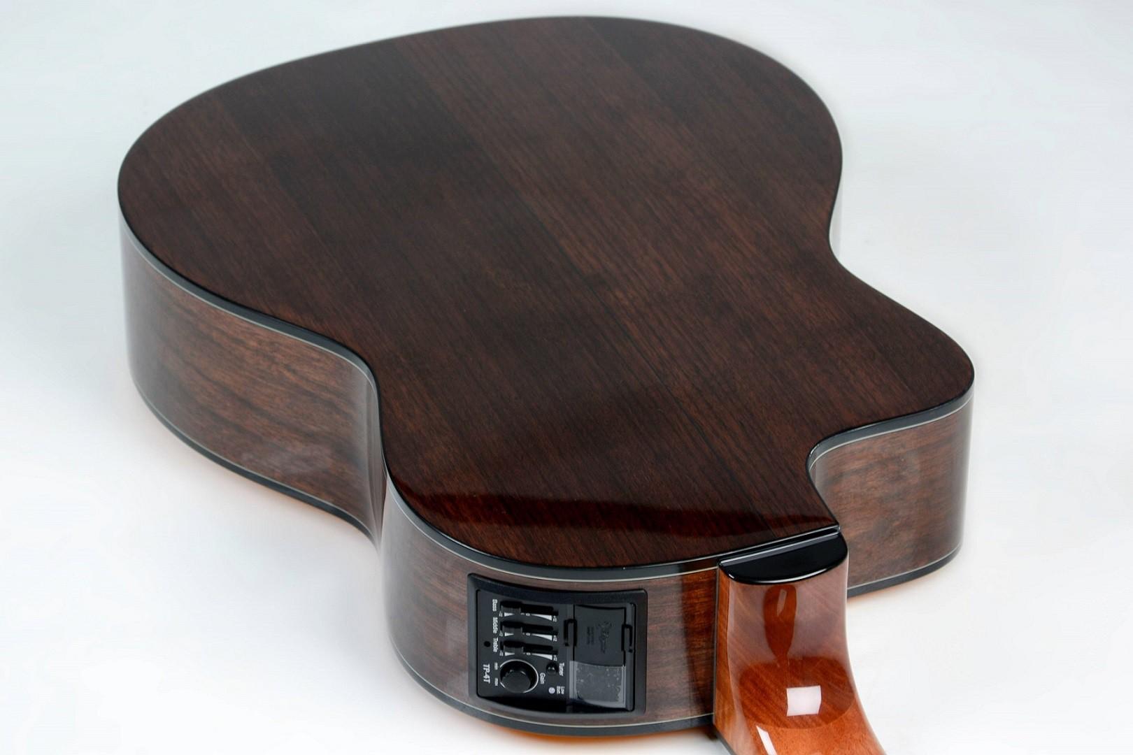 Violão Elétrico Nylon Classico Takamine GC6CE Natural Brilhante Regulado