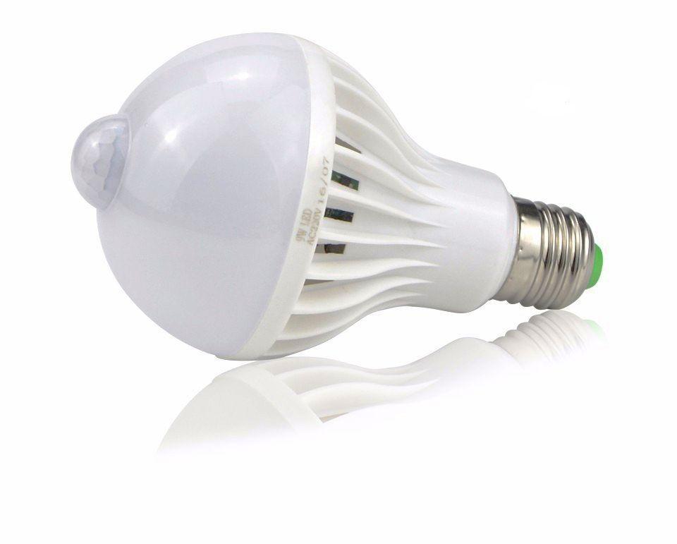 Lâmpada Led Bulbo 9W Com Sensor de Presença
