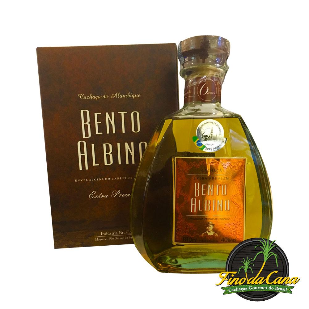 Cachaça Bento Albino Extra Premium 810 ml