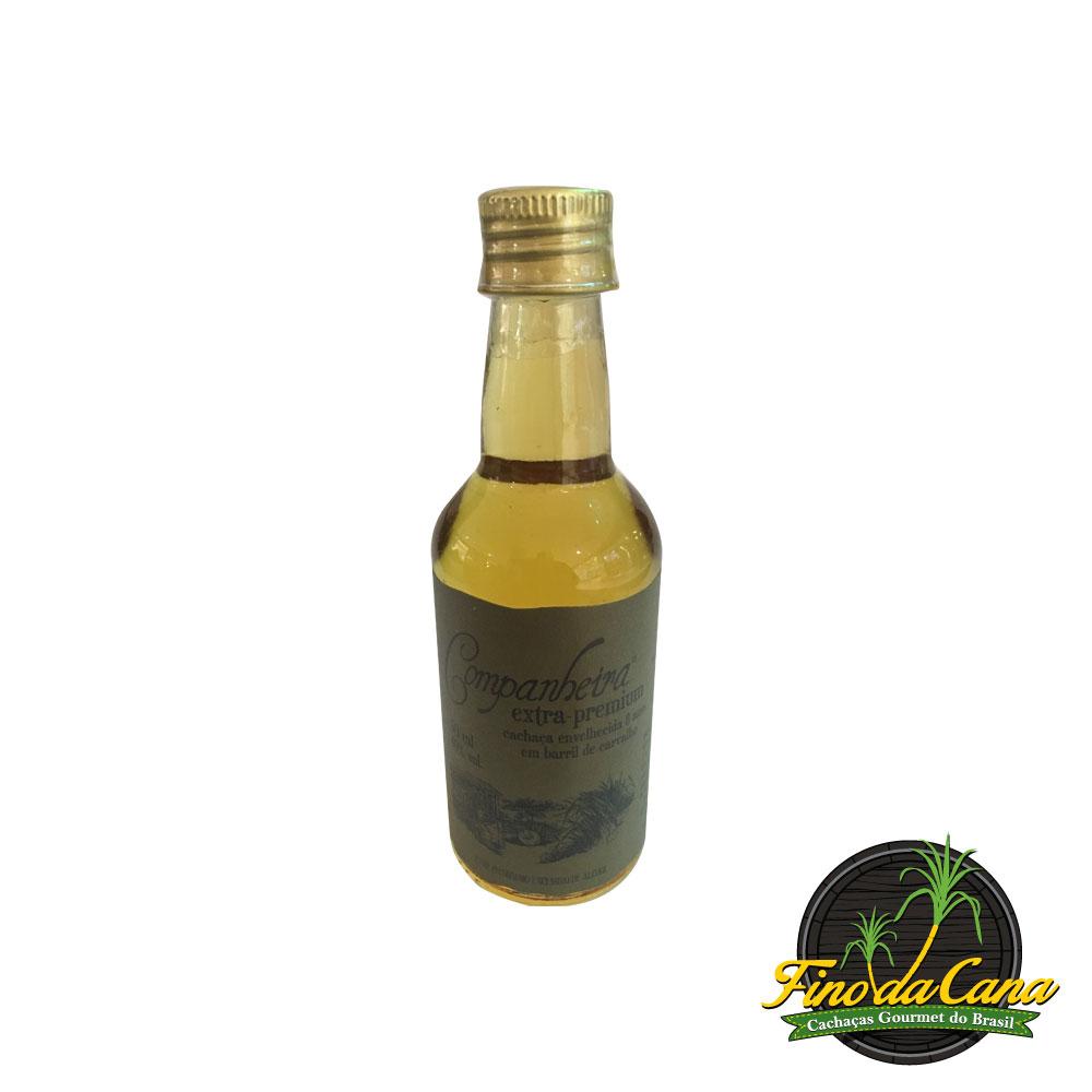 Cachaça Companheira Extra Premium 8 anos 50 ml