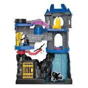 Playset 57Cm e Figuras com Acessórios Imaginext Wayne Batcaverna FMX63 Mattel