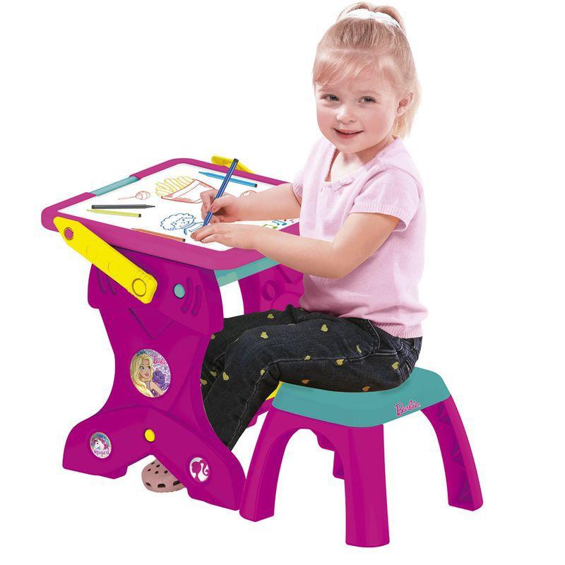 Mesa 2 em 1 e Lousa Aprendizado Estúdio Arte Infantil Barbie C/ Acessórios 8428-4 Fun Divirta-se