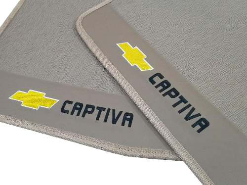 Tapete Chevrolet Captiva Borracha Bege Com Base Pinada