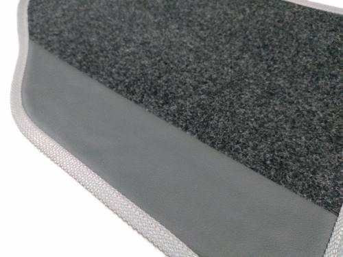 Tapete Nissan Versa Carpete 8mm Base Borracha Pinada Hitto